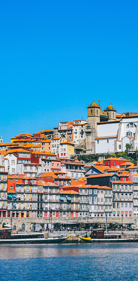 Photo of a seaside town in Portugal